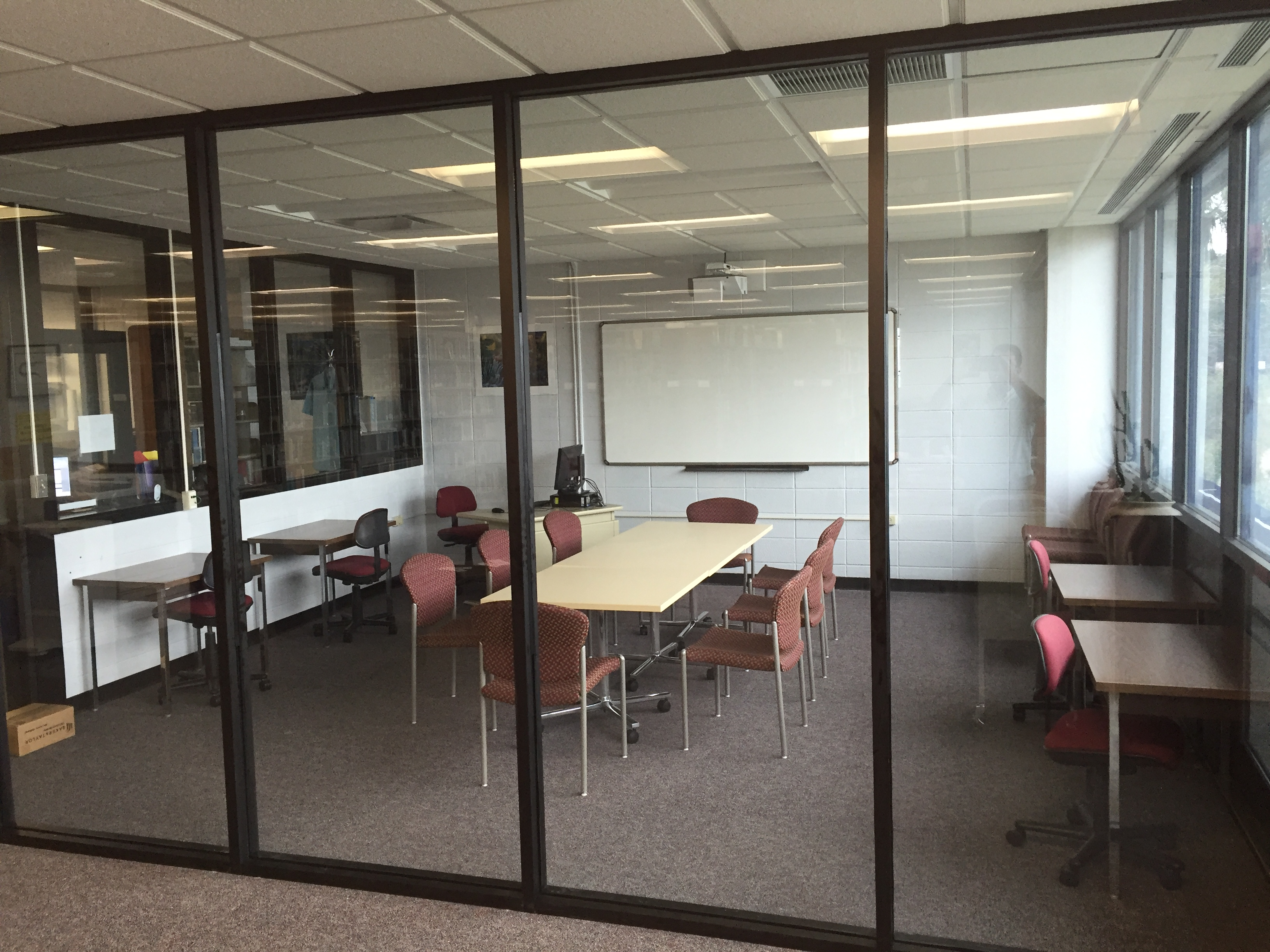 Marine Resources Library class/meeting room